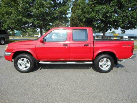 2000 Nissan Frontier for sale at Platinum Auto World in Fredericksburg VA