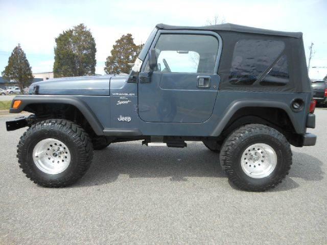 2001 Jeep Wrangler Unlimited for sale at Platinum Auto World in Fredericksburg VA