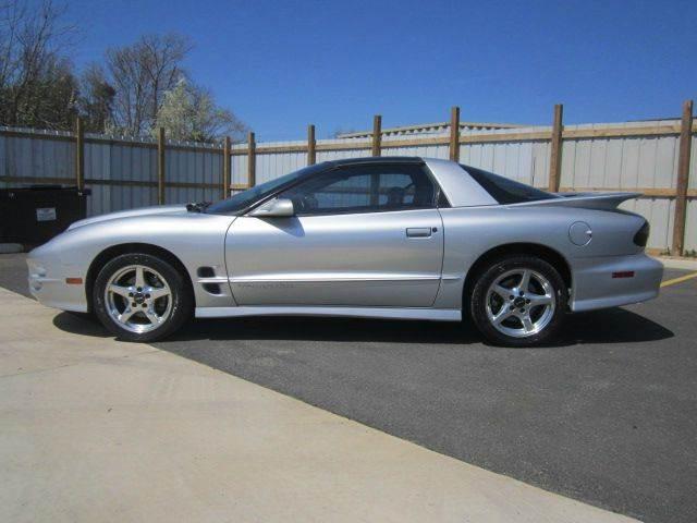 2000 Pontiac Firebird for sale at Platinum Auto World in Fredericksburg VA