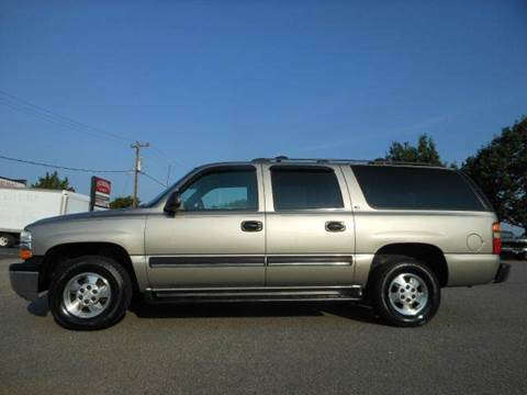 2001 Chevrolet Suburban for sale at Platinum Auto World in Fredericksburg VA