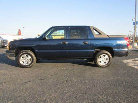 2004 Chevrolet Avalanche for sale at Platinum Auto World in Fredericksburg VA
