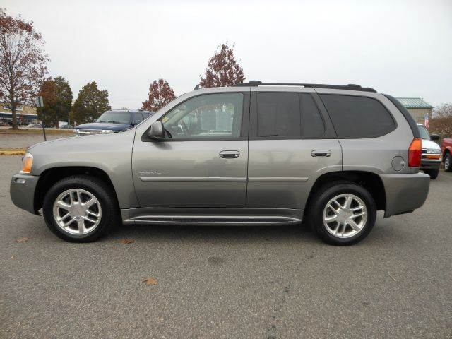 2007 GMC Envoy for sale at Platinum Auto World in Fredericksburg VA
