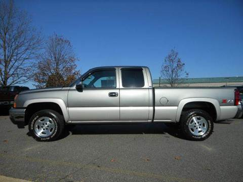 2007 Chevrolet Silverado 1500 Classic for sale at Platinum Auto World in Fredericksburg VA