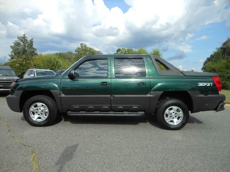 2003 Chevrolet Avalanche for sale at Platinum Auto World in Fredericksburg VA