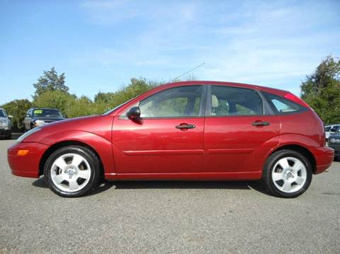 2004 Ford Focus for sale at Platinum Auto World in Fredericksburg VA