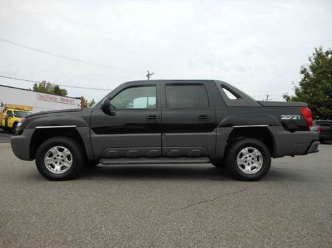 2002 Chevrolet Avalanche for sale at Platinum Auto World in Fredericksburg VA