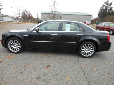 2009 Chrysler 300 for sale at Platinum Auto World in Fredericksburg VA