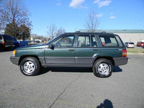 1995 Jeep Grand Cherokee for sale at Platinum Auto World in Fredericksburg VA