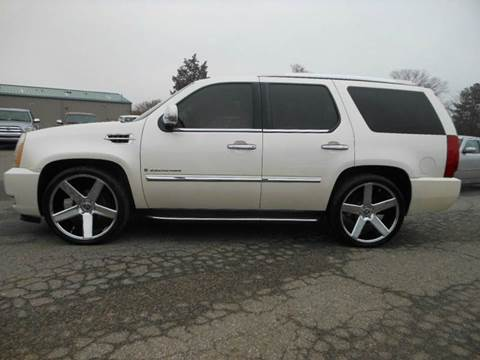 2007 Cadillac Escalade for sale at Platinum Auto World in Fredericksburg VA