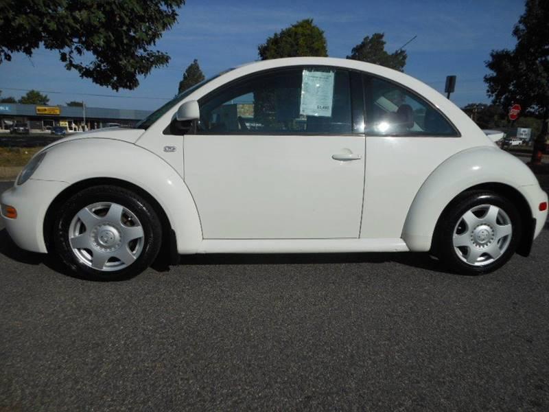 2000 Volkswagen New Beetle for sale at Platinum Auto World in Fredericksburg VA