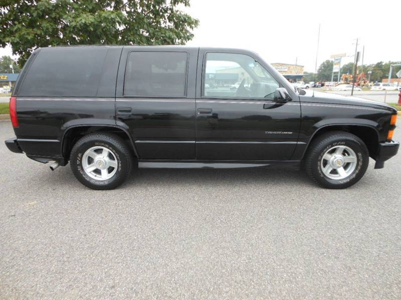 2000 Chevrolet Tahoe Limited Z71 Limited 4dr Suv In