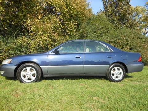 1997 Lexus ES 300 for sale at Platinum Auto World in Fredericksburg VA