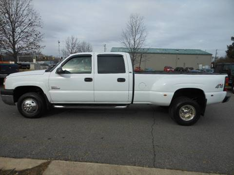 2005 Chevrolet Silverado 3500 for sale at Platinum Auto World in Fredericksburg VA