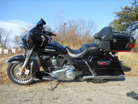 2011 Harley-Davidson FLHTK for sale at Platinum Auto World in Fredericksburg VA