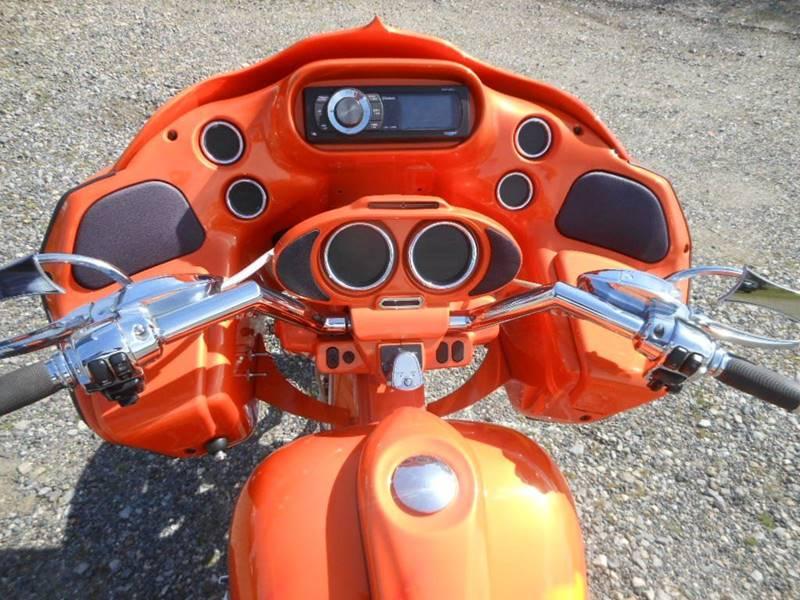 2011 Harley-Davidson FLTRX CUSTOM BUILT ROAD GLIDE - Fredericksburg VA