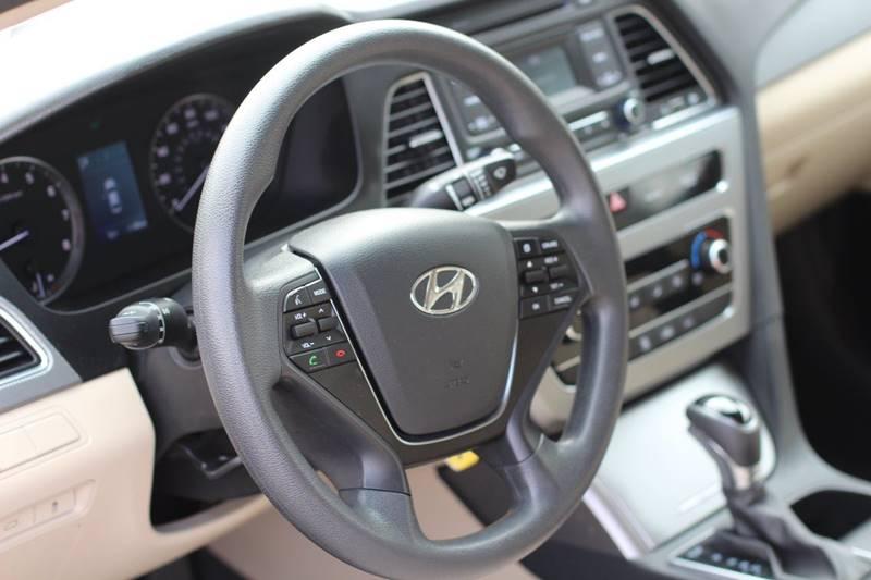 2017 Hyundai Sonata SE 4dr Sedan - Pomona CA