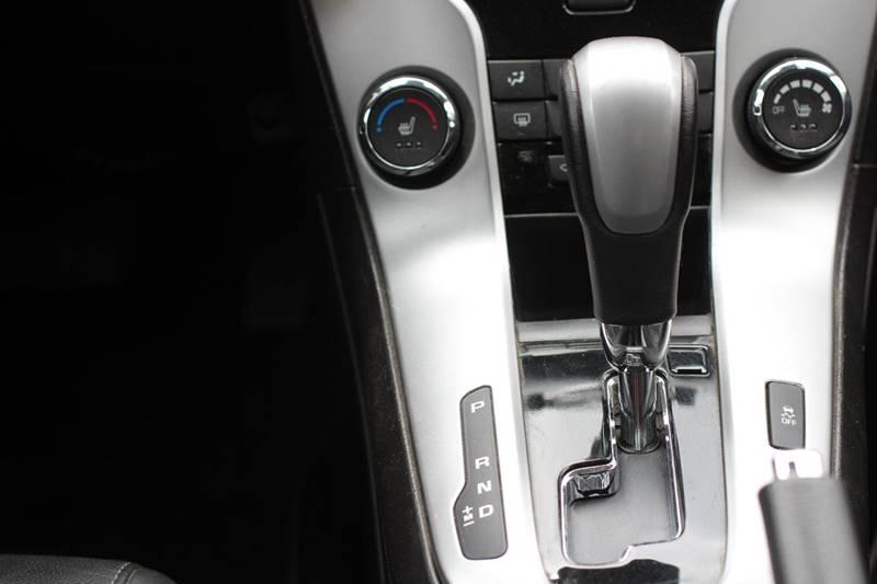 2015 Chevrolet Cruze 2LT Auto 4dr Sedan w/1SH - Pomona CA