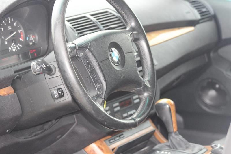 2001 BMW X5 AWD 3.0i 4dr SUV - Pomona CA