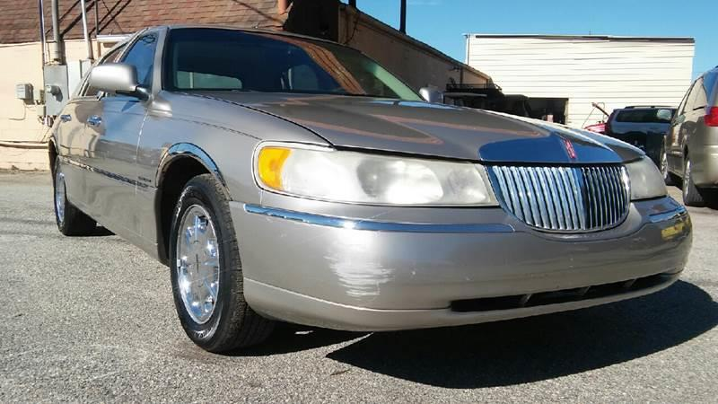 2000 Lincoln Town Car Signature In Mobile Al Best Buy Autos