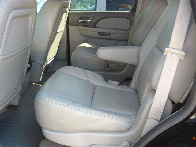 2010 Chevrolet Tahoe 4x4 LTZ 4dr SUV - Montevideo MN