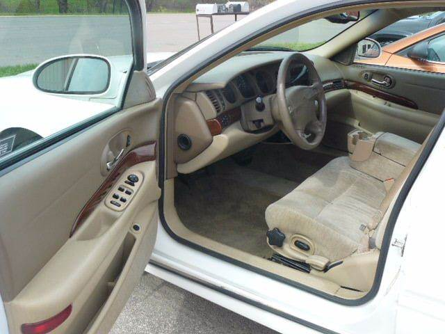2005 Buick LeSabre Custom 4dr Sedan - Montevideo MN