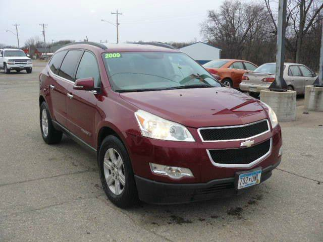 2009 Chevrolet Traverse AWD LT 4dr SUV w/1LT - Montevideo MN
