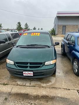 1996 Dodge Grand Caravan for sale in Fort Dodge, IA