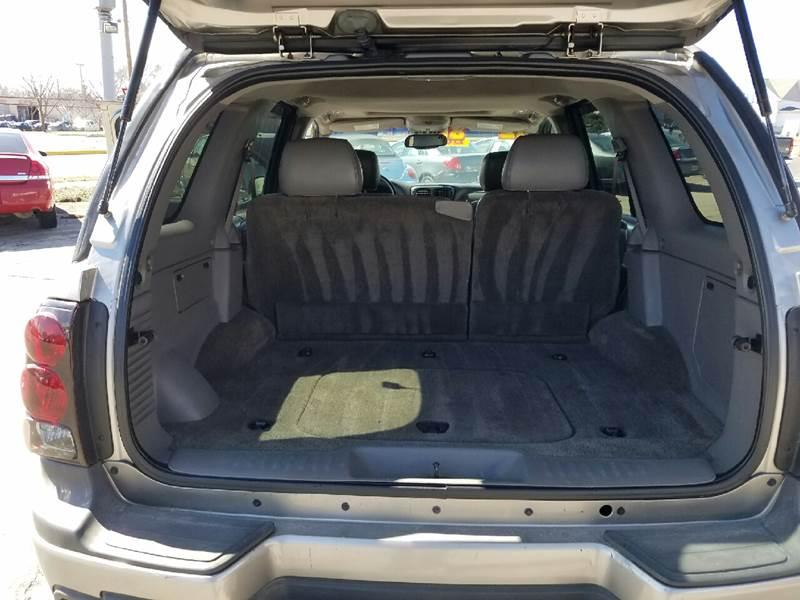 2002 Chevrolet TrailBlazer LTZ 4WD 4dr SUV - Cedar Falls IA