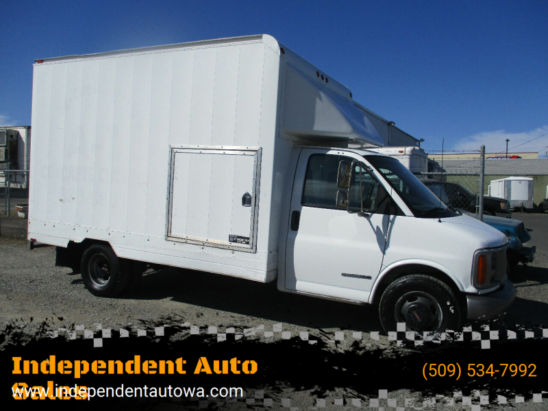 2001 GMC Savana Cutaway for sale at Independent Auto Sales in Spokane Valley WA