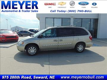 2006 Chrysler Town and Country for sale in Seward, NE