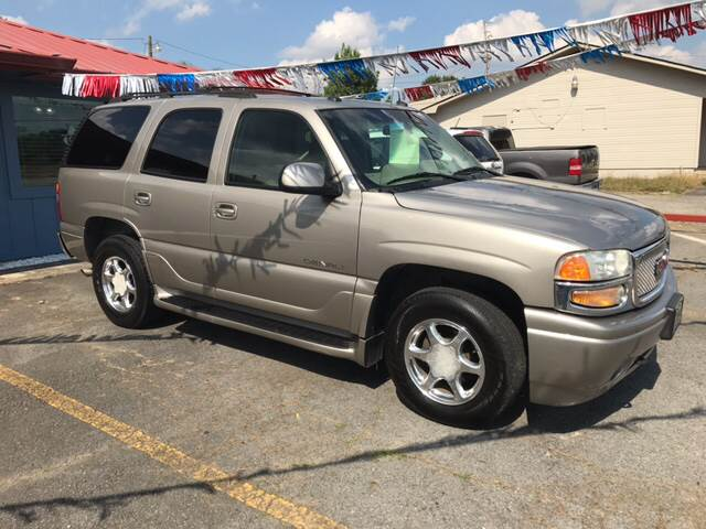 2003 GMC Yukon for sale at CORAN AUTO SALES in Greenbrier AR