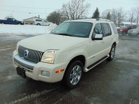 2009 Mercury Mountaineer Premier for sale at The Car & Truck Store in Union Grove WI