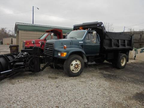 1995 Ford F-800 for sale at Settle Auto Sales TAYLOR ST. in Fort Wayne IN