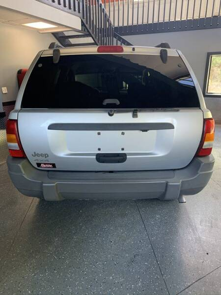 2002 Jeep Grand Cherokee for sale at Settle Auto Sales TAYLOR ST. in Fort Wayne IN
