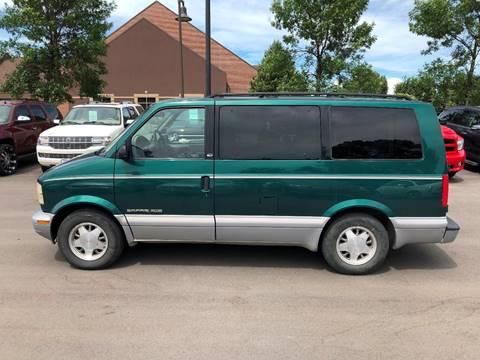1998 GMC Safari for sale in Grand Forks, ND