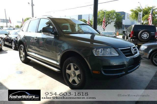 2007 VOLKSWAGEN TOUAREG V6 AWD 4DR SUV-LEATHER-SEATS-SUN green no credit needed   the volkswage