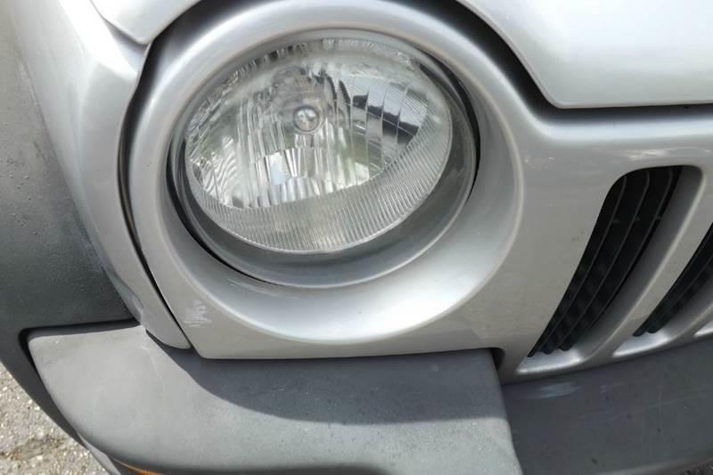 2004 Jeep Liberty Sport 4dr SUV - Hollywood FL