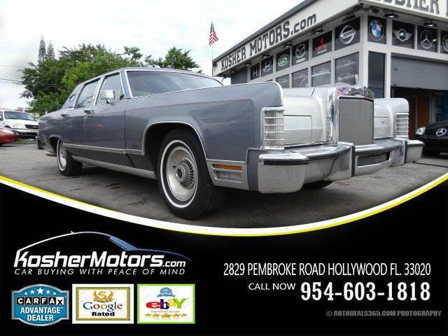 1979 LINCOLN CONTINENTAL TOWN CAR CLASSIC gray lincoln continental town car 400-2v model year 19