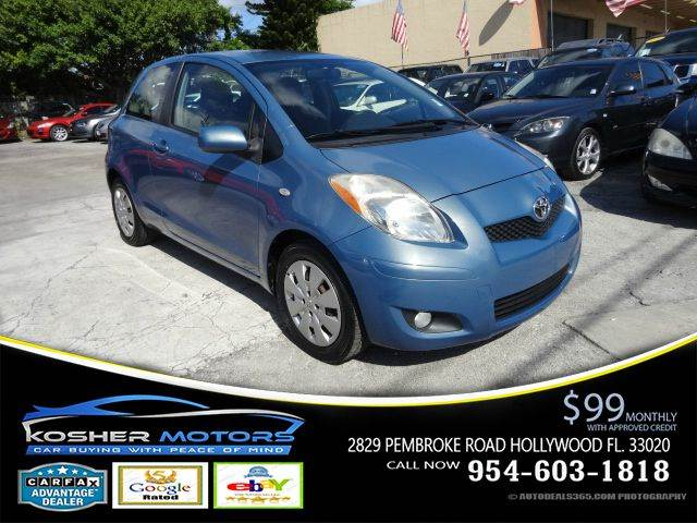 2010 TOYOTA YARIS BASE 2DR HATCHBACK 5M blue special manual transmission 5 spped fog lights