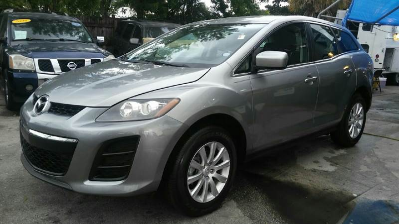 2011 MAZDA CX-7 I SV 4DR SUV gray the front windshield is in excellent condition  the paint is i