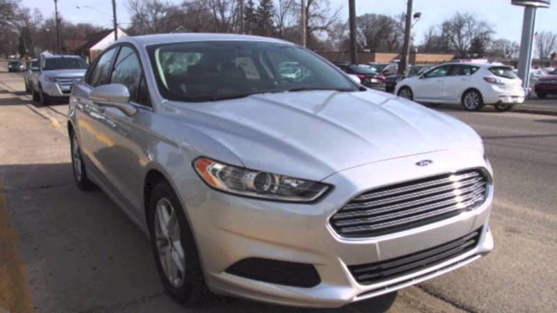 2014 FORD FUSION S 4DR SEDAN silver door handle color - body-color exhaust tip color - chrome f