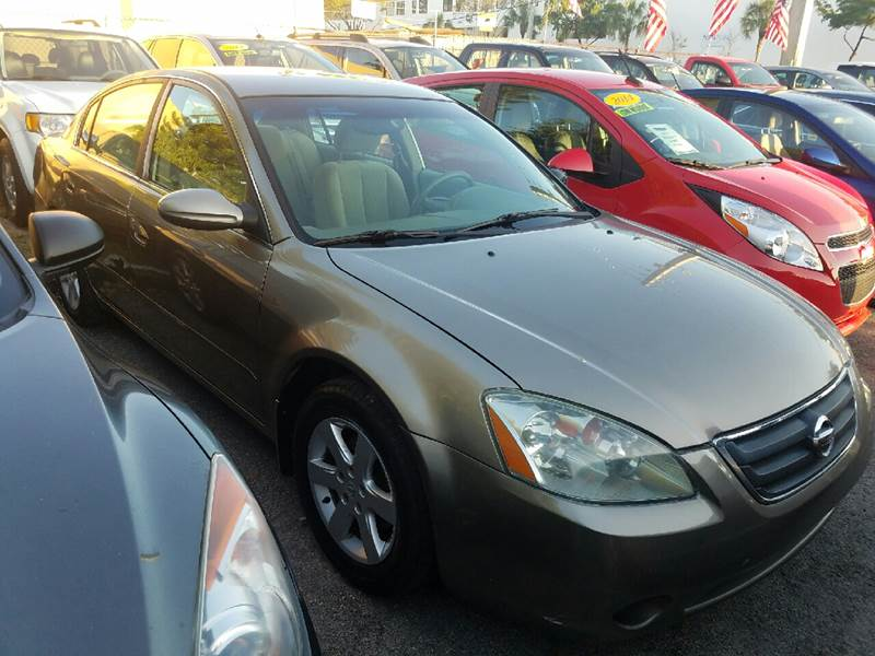 2004 NISSAN ALTIMA 25 S 4DR SEDAN gray just in nissan altima 4-cylinder gas saver traded in ju