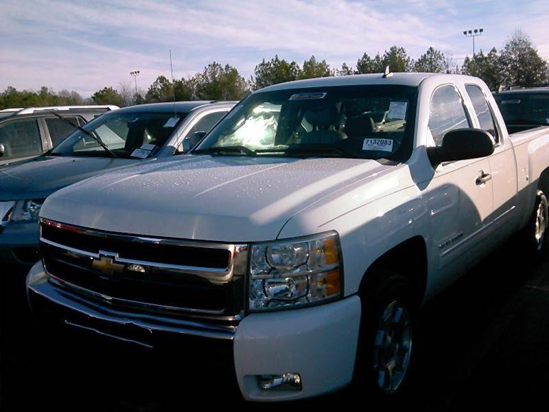 2010 CHEVROLET SILVERADO 1500 LT 4X2 4DR EXTENDED CAB 65 FT white yes fully loaded w leather