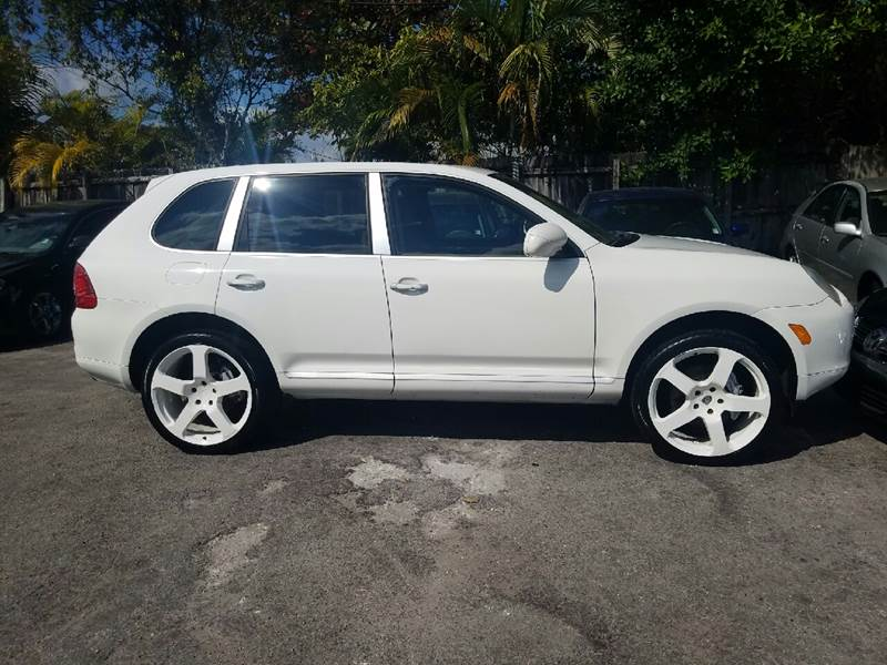 2005 PORSCHE CAYENNE S AWD 4DR SUV white perfect condition custom white rims leather sunroof na