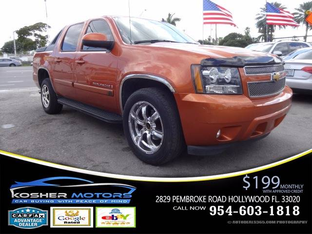 2007 CHEVROLET AVALANCHE LT 1500 4DR CREW CAB SB orange yes only 88k miles leather lt package
