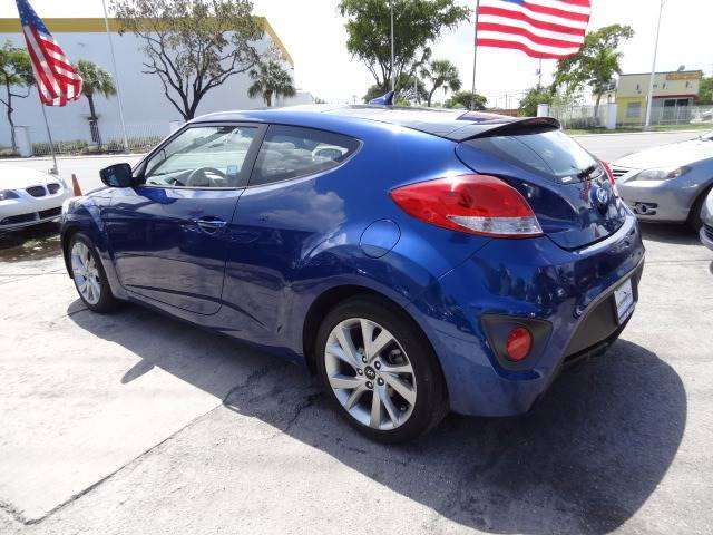 2016 Hyundai Veloster 3dr Coupe DCT w/Black Seats - Hollywood FL