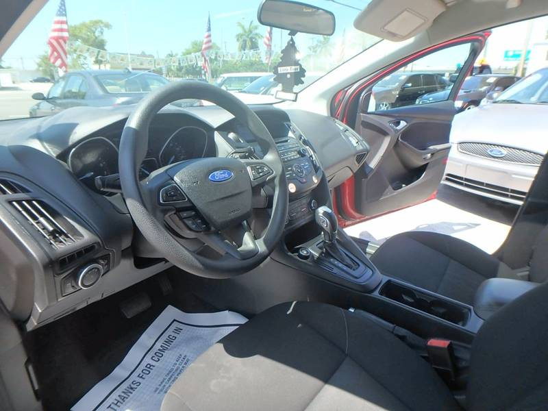 2016 Ford Focus SE 4dr Hatchback - Hollywood FL