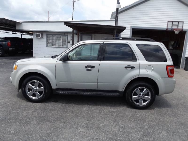 2009 Ford Escape for sale at Americar Auto Sales in New Braunfels TX
