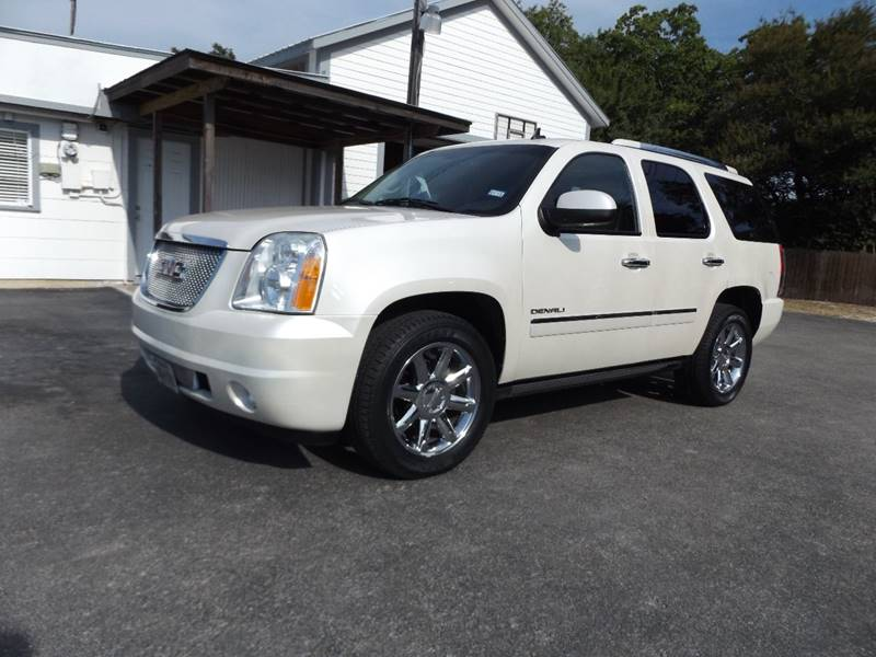 2010 GMC Yukon for sale at Americar Auto Sales in New Braunfels TX