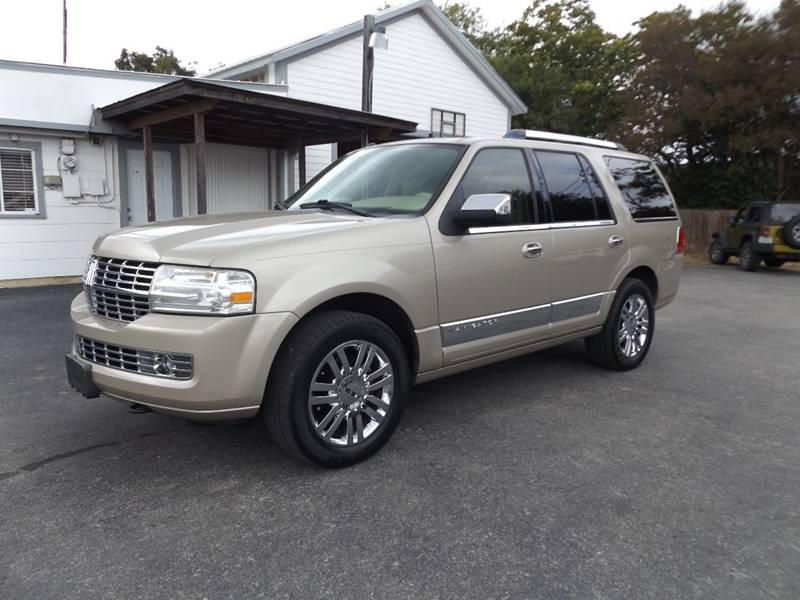 2007 Lincoln Navigator for sale at Americar Auto Sales in New Braunfels TX